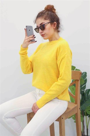 Mad Girls Yellow Crew Neck Jumper MG097