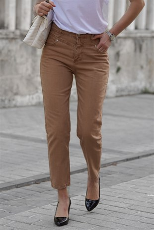 Mad Girls Camel Mom Jean MG308